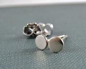 Extra Small White Gold Stud Earrings White Gold Studs, Tiny White Gold Earrings, Gold Dot Studs, Solid 14k Minimal Earrings 2.5mm 3mm 4mm