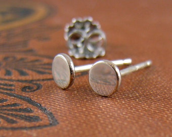 Small White Gold Studs, Solid Gold Stud Earrings, 14kt Gold Dot Earrings, White Gold Earrings with Posts Minimal Earrings 2.5mm 3mm 4mm 5mm