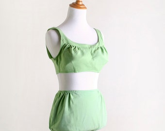 Vintage 1960s Bikini - Kerrybrooke Sea Stars Lime Green Bathing Suit - Medium