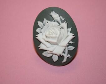 Large Grey Rose Cameo Ring