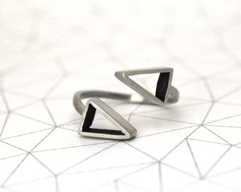 Parallel Triangles Ring - Sterling Silver - Geometric jewerly -Metalwork
