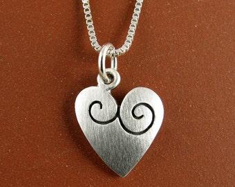 Tiny heart necklace / pendant