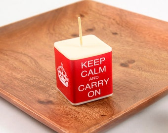 Keep Calm and Carry On Candle Favor Box or Bag British Party Favor Candles Red and White Unique Favor Candles Party Favors Soy Wax Square