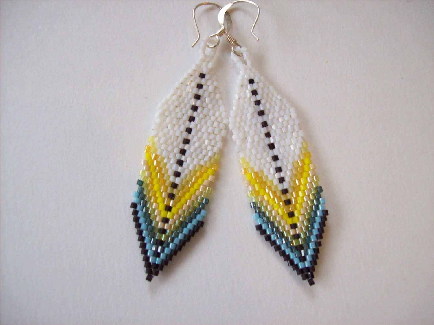Native America Indian Inspired Seed Beaded Feather Earring