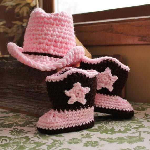 Baby Cowgirl Hat And Boots In Pink And Brown