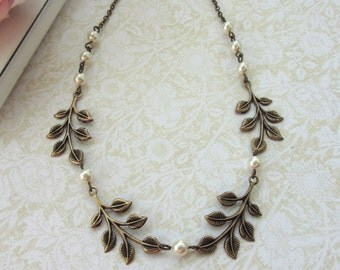 Leaves Garland, Ivory Pearls Statement Vintage Inspired, Antiqued Brass Necklace, Bridesmaid Necklace, Choker. Woodland Nature Wedding.