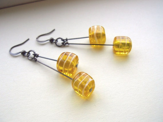 Modern Yellow Dangle Earrings Cube Lampwork Beads - Lemon Meringue.