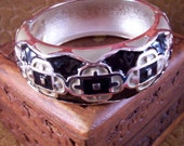 Vintage Black and Tan Enamel Clamper Bracelet