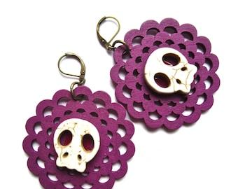 Day of the Dead  Earrings - puprle wood cut,Sugar skulls and flower earrings, Purple and white earrings
