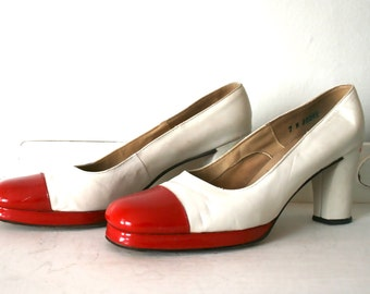 Vintage 1960s White & Red Leather Mod Shoes