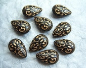6 - Jet black and gold carved pear teardrop beads - BX78