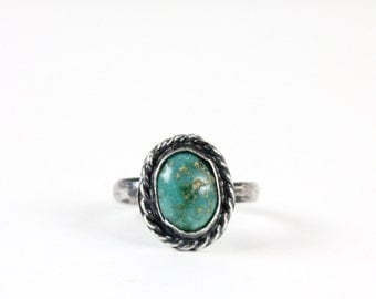 Vintage Native Sterling Silver Turquoise Roped Ring