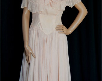 Vintage 1940s Dusty Pink Dress Capelet and Ruffled Skirt / 40s Gown with Ruffled Shawl Needs TLC