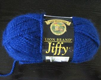 Large 85grms DESTASH Yarn Lion Brand JIFFY