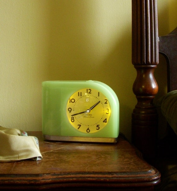 Big Ben Green Moonbeam Alarm Clock With Light Electric Or