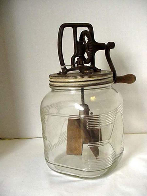 manual butter churn with wooden paddles numbered 12 quart cast. Black Bedroom Furniture Sets. Home Design Ideas