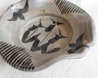 Elm Glazed Iron Painted Ladyslipper Dish