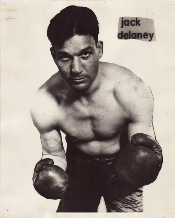 Vintage Boxer 32