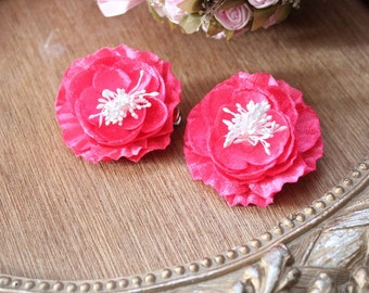 Pink  color  flower   with  pin back   2  piece listing