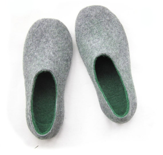 Green Gray Mens Slippers - Felted Wool Slippers - Christmas in July - Minimalist Shoes - House Shoes - Rubber Soles - Fathers Day Gift