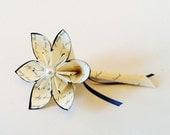 Handmade Single Flower Boutonniere- prom, groom, groomsman, best man, paper flower, pin, wedding accessory