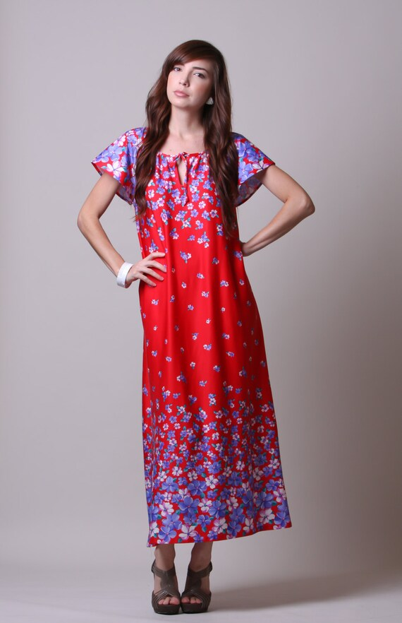 Items similar to 70s Maxi Dress - Vintage Floral Long Dress - Red ...