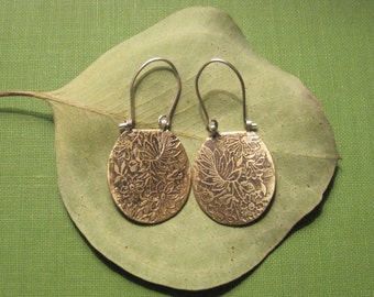 Etched Floral Earings