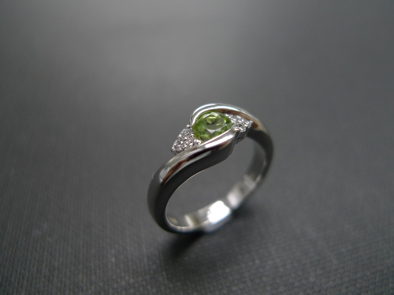 diamond engagement ring with peridot in 14k white gold. Black Bedroom Furniture Sets. Home Design Ideas