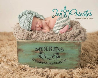 newborn Pants and hat... newborn pants... newborn hat... photo prop... photography prop...25% off at checkout with code AUGUST1