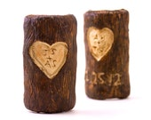 FREE SHIPPING - Personalized initials and date carved tree trunk ornament - Wood grain carved initials heart - wall décor - romantic holiday - amberhlynn