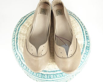 Light Taupe Buttery Leather Handmade Soft Oxfords