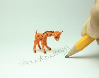 dollhouse miniarure crochet giraffe - tiny amigurumi - art stuffed animal - 1.2 inch