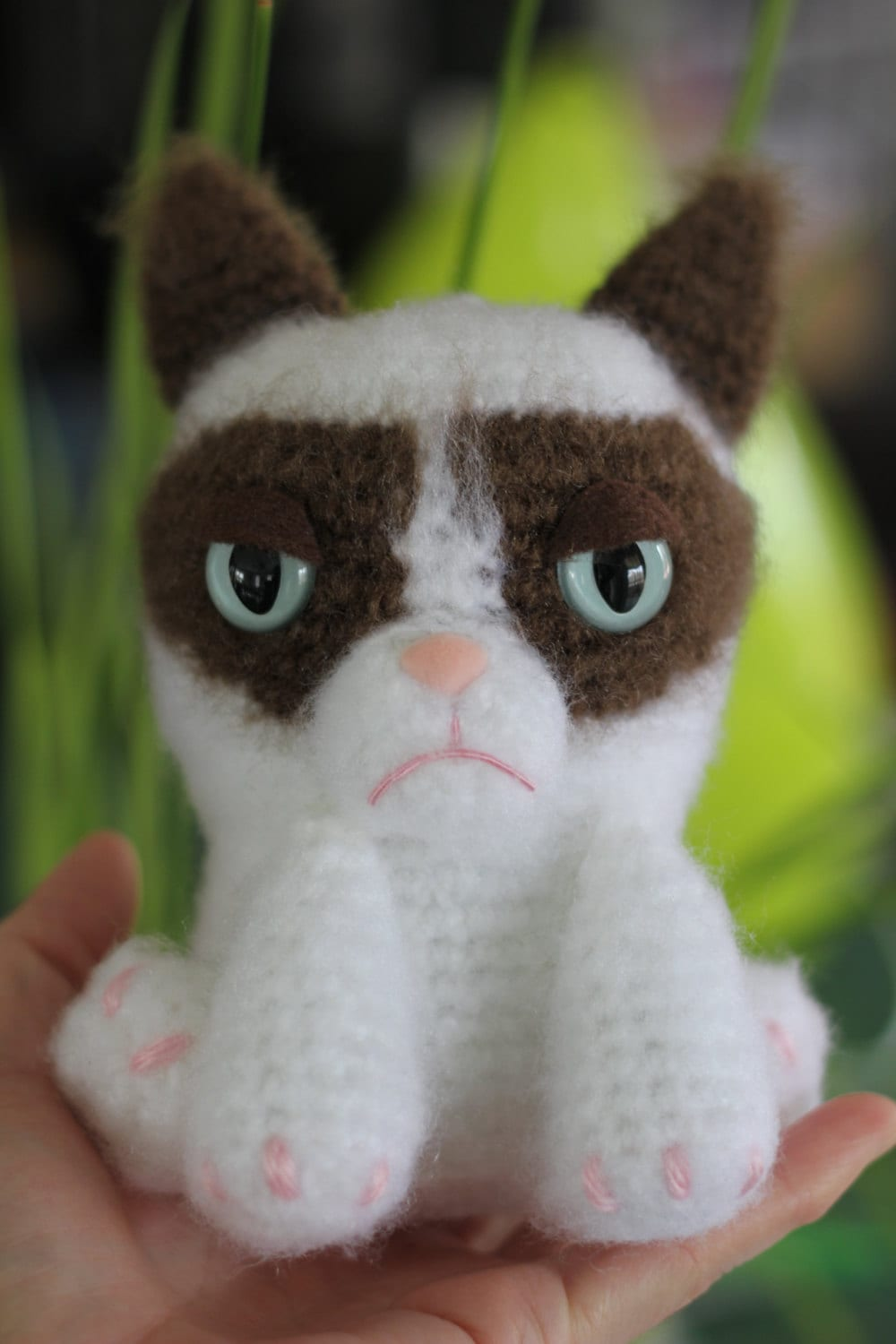 Grumpy Cat Amigurumi Pattern Free : PATTERN: Grumpy Feline Amigurumi Doll by epickawaii on Etsy