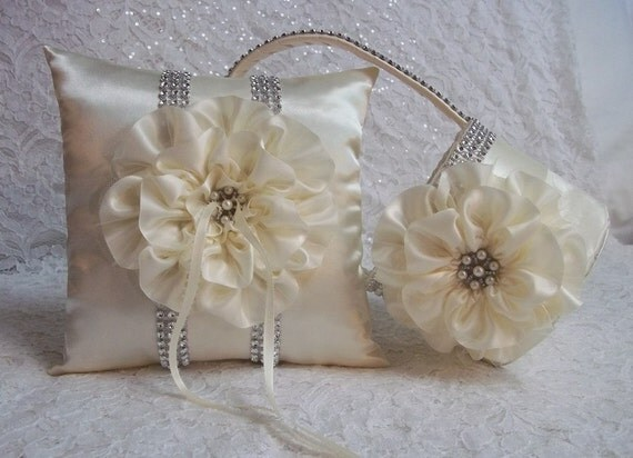 Ivory Flower Girl Basket and matching Ring by AllAHeartDesires