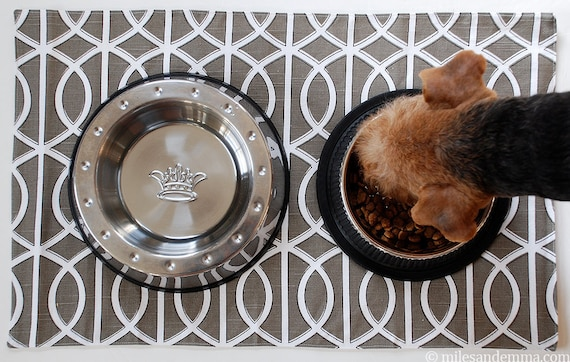 Pet Placemat - Grey Squiggle: Large Size - Miles' Favorite