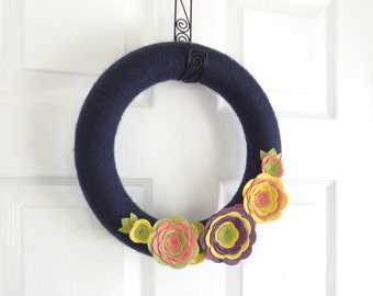 Summer Yarn Wreath. Navy Blue Door Wreath. Chartreuse, Coral, Ochre Yellow and Purple Felt Flowers. Yarn Wreath with Felt Flowers.