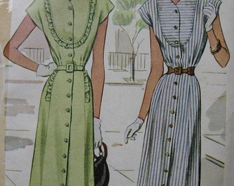 Fabulous Vintage 40's Misses' PRETTY DAY DRESS Pattern Factory Folded