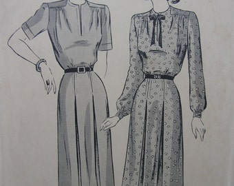 Fabulous Vintage 40's Misses' THE CASUAL FROCK Dress Pattern