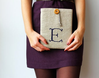 "10"" tablet case - initial E dark blue embroidery -  Monogrammed - Hand embroidered iPad - Personalized - Only one"