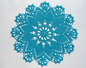 Round crochet doily  / turquoise / lace /  15 inches