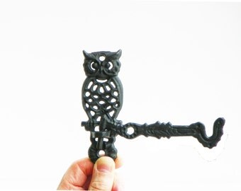 Vintage Cast Iron Owl Wall Hook