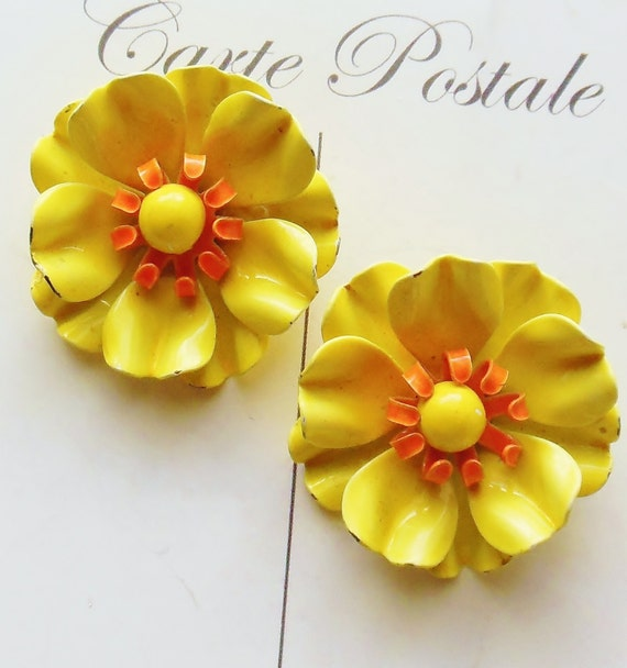 Sunny Yellow Flower Earrings