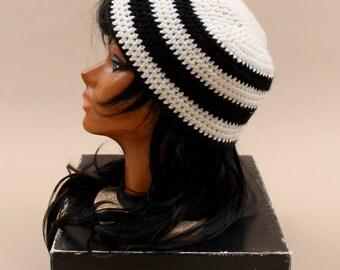 70s 80s Vintage Handmade CROCHET Hat / Knit Monochromatic Black & White Cap / Unisex Beanie / Chervron Stripe Two Tone / Boho Hippie Grunge