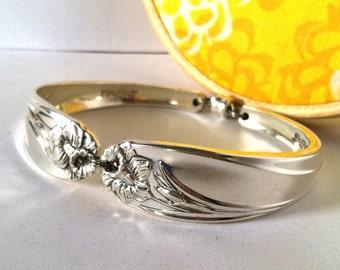 Spoon Bracelet, Size Medium, Daffodil 1950