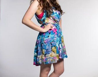 Upcycled vintage dress / sleeveless / blue floral / summer dress / size medium