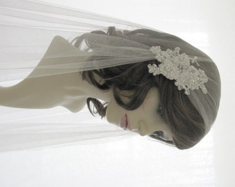 Couture bridal cap veil -1920s wedding  veil - Chantilly