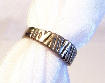 Vintage Sterling Silver Ring: Size 7 - Woodland Tree Trunks - A2008