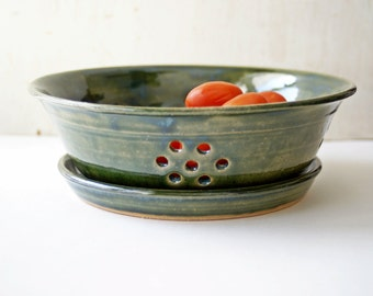Ceramic Berry Bowl Colander, Large Pottery Fruit Bowl, Ceramic Colander