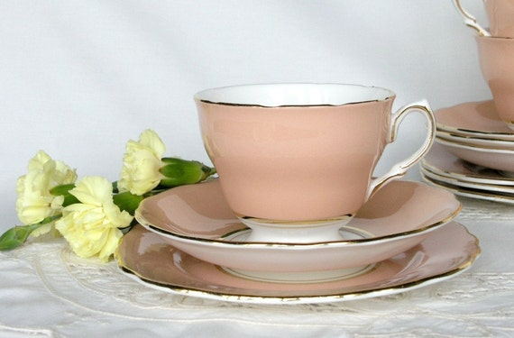 Vintage English china tea cup, saucer and plate: salmon pink Colclough - lovely tea set for a vintage tea party