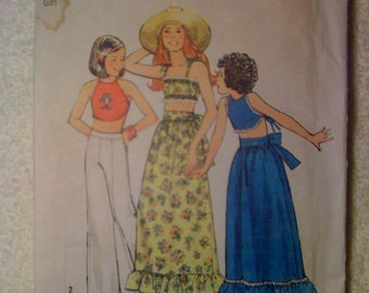 Vintage 70s Simplicity Sewing Pattern 6367 Girls Halter, Midriff Top and Skirt Size 14